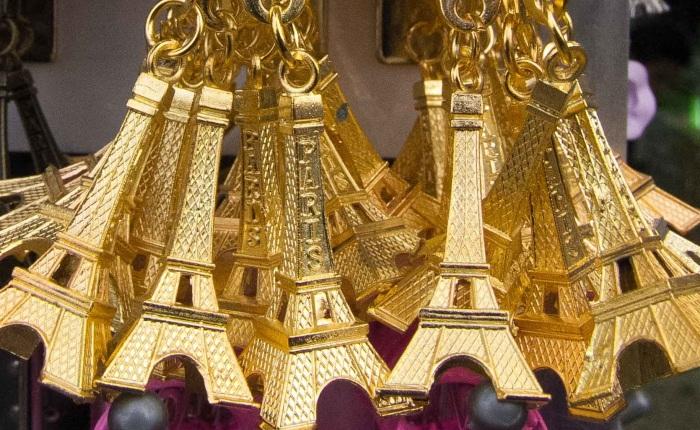 «Il a compris le mot Tour Eiffel»